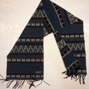 Straw ridge & Clothier Plaid Fringe Scarf